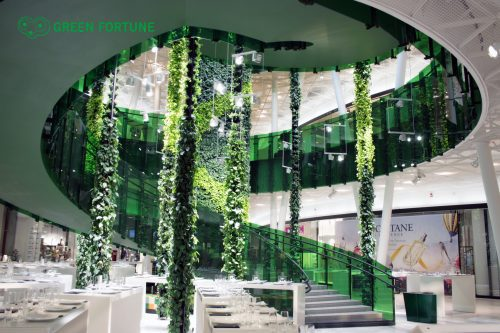 Green Fortune Plantwire_and_Plantwall_2012_Emporia_Malmo_Sweden_1